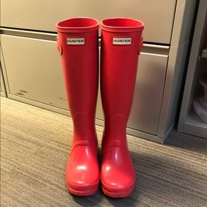 Hunter Boots - Original High Gloss in Bright Coral